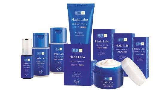 Da trắng mịn màng cùng bộ sản phẩm dưỡng trắng Hada Labo Perfect White Arbutin