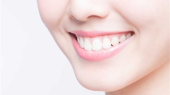 4 Cách làm trắng răng bằng muối cực kỳ hiệu quả