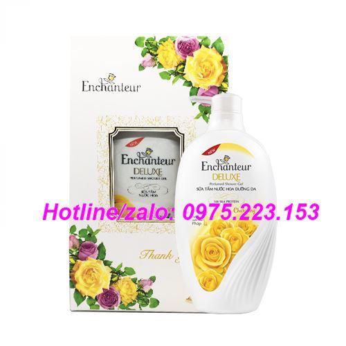 Hộp quà sữa tắm hương nước hoa Enchanteur Charming 650g