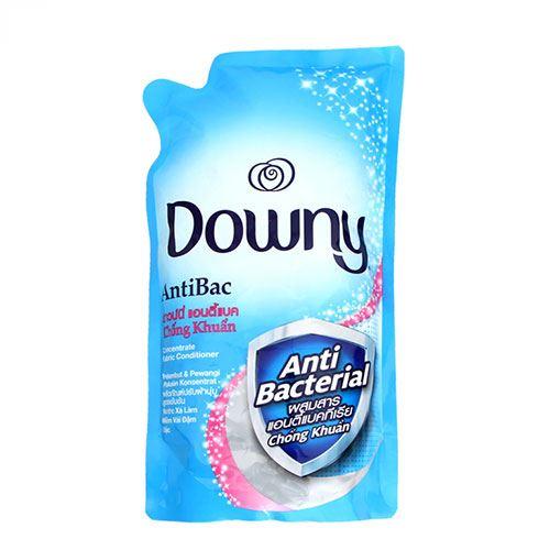 Túi nước xả vải Downy Anti Bạc Kháng Khuẩn 1.5lit