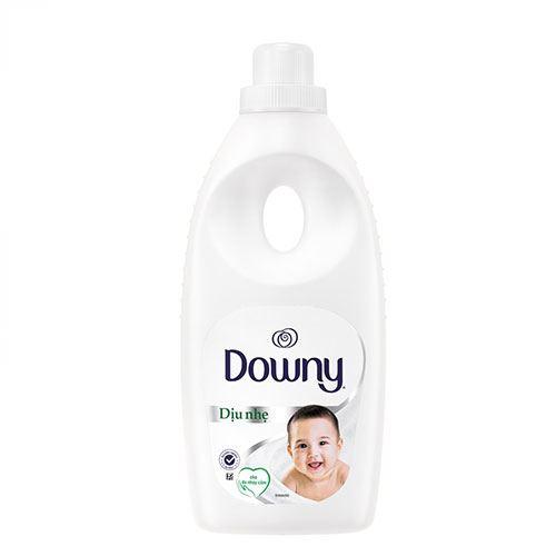 Chai nước xả vải đậm đặc Downy dịu nhẹ hương sả 800ml