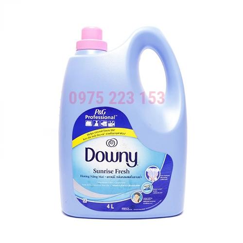 Nước xả làm mềm vải đạm đặc Downy hương nắng mai 4 lit