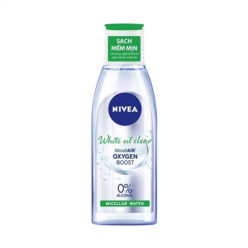 Nước tấy trang da nhờn Nivea White Oil Control 125ml