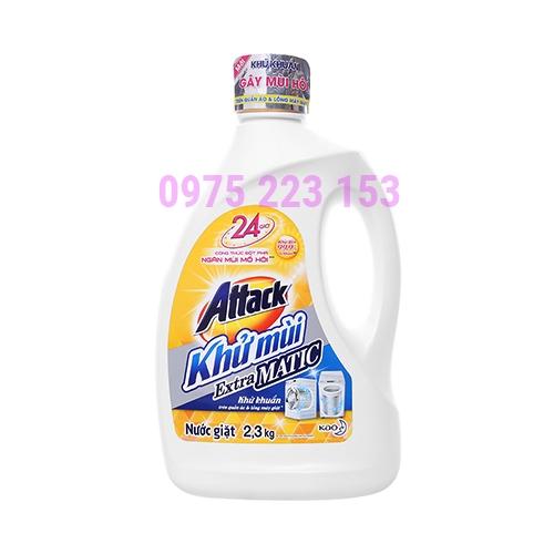 Chai nước giặt Attack khử khuẩn trên quần áo và máy giặt 2.3kg