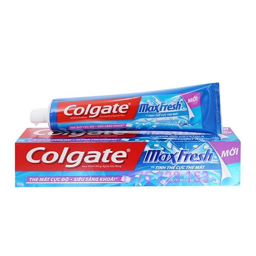 Kem đánh răng Colgate Maxfresh hương bạc hà 200g