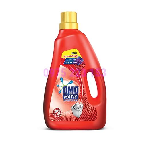 Nước giặt màng chắn kháng bẩn Omo Matic cửa trên chai 2.7 Kg