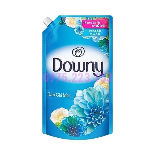 Túi nước xả Downy hương làn gió mát 1.6lit