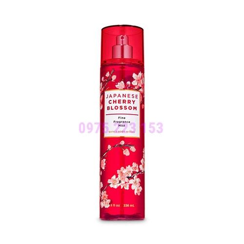 Nước xịt thơm toàn thân Bath & Body Works Japanese Cherry Blossom 236ml