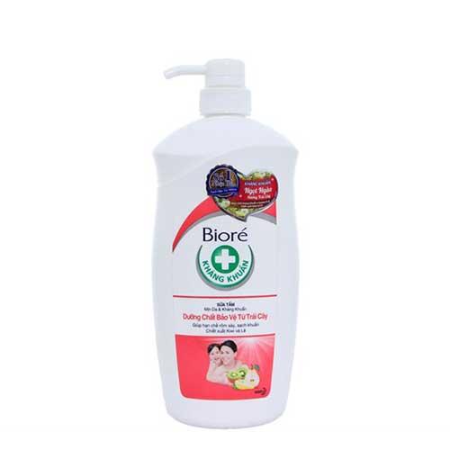 Sữa tắm mịn da và kháng khuẩn Biore hương trái cây 800g