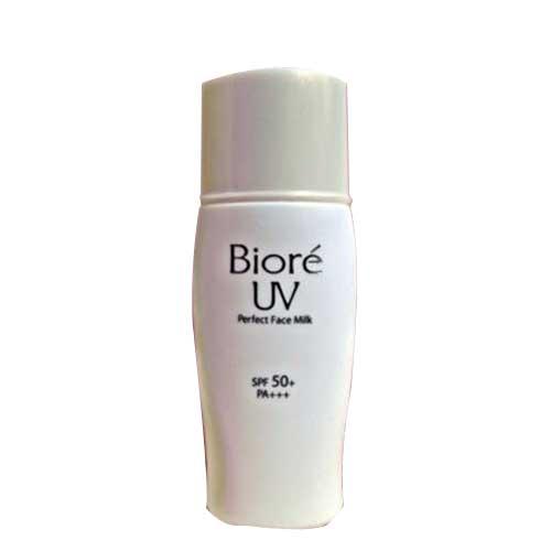 Sữa chống nắng Trắng Mịn Giảm Nhờn Biore UV SPF50+