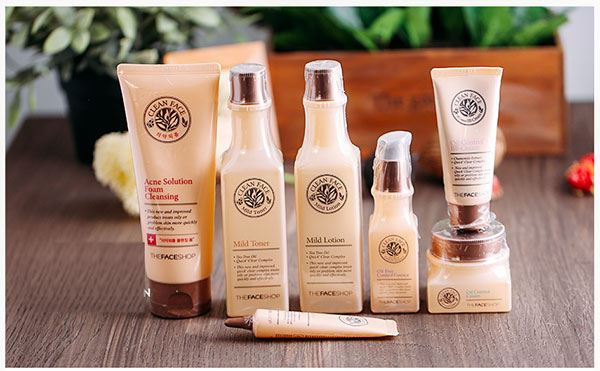 Thiết kế bao kì của Sữa rửa mặt Clean Face Acne Solution Foam Cleansing TheFaceShop đồng bộ với bộ sản phẩm Clean Face