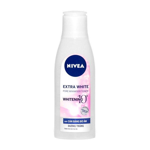 Nước hoa hồng dưỡng trắng và giúp se khít lỗ chân lông Nivea